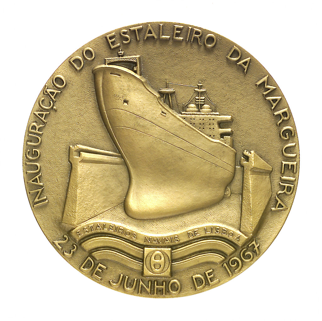 Detail of Medal commemorating the opening of the Lisbon dry dock, 1967; obverse by Leopoldo de Almeida